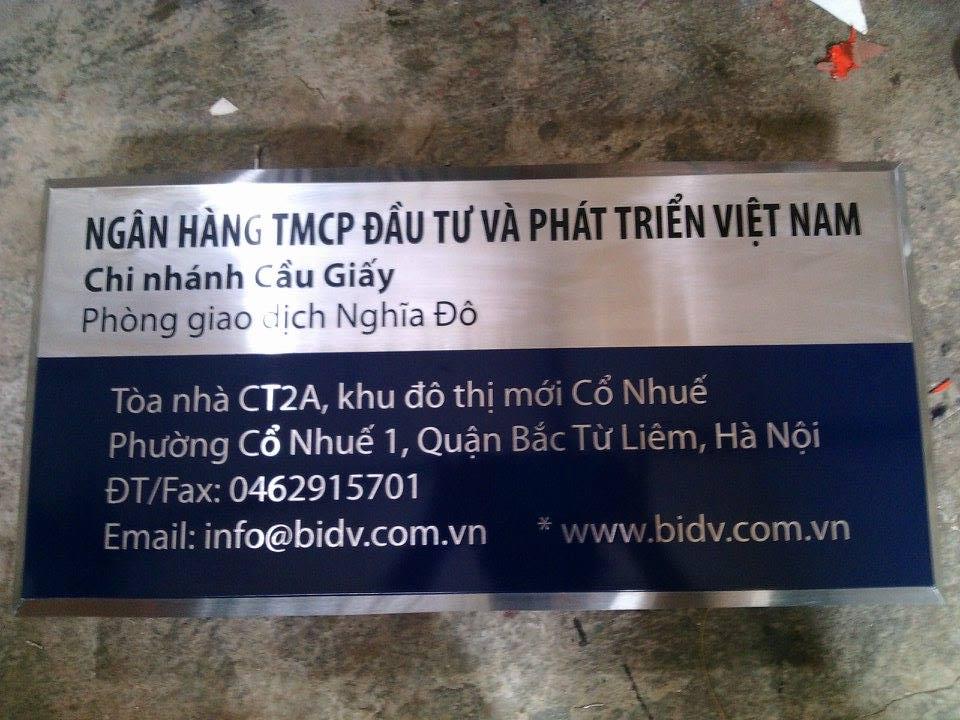 bien-cong-ty-inox