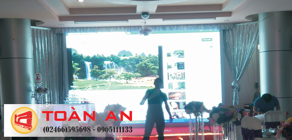 Biển LED màn hìnhtrong phòng tổ chức hội nghị