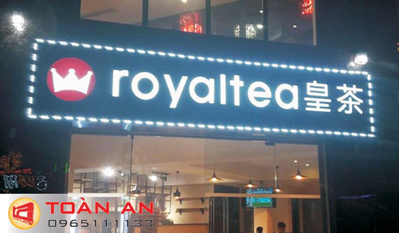 Mẫu biển quảng cáo trà sữa royatea