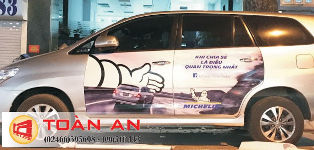 Dán đề can xe taxi