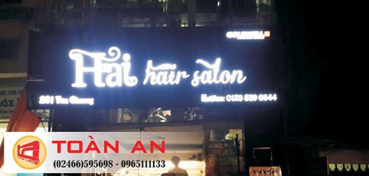 làm biển quảng cáo cắt tóc