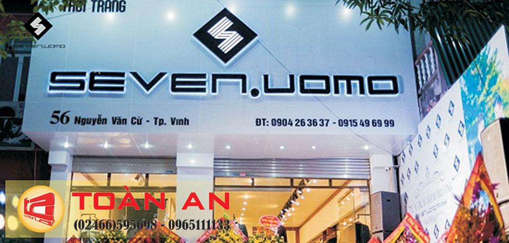 biển quảng cáo cửa hàng quần áo đẹp